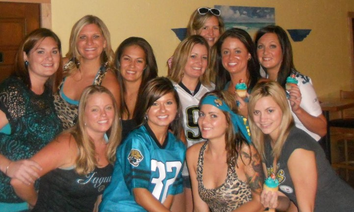 5.8 Million Women Are Playing Fantasy Football and That Number Looks to Grow [State of the NFL Female Fan]