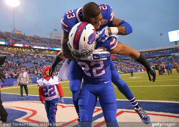 NFL Random Thoughts: Bills Are Now Everyone's Favorite Team