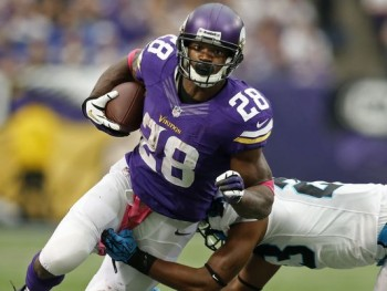 1381694894000--1a-action-adrian-peterson-14