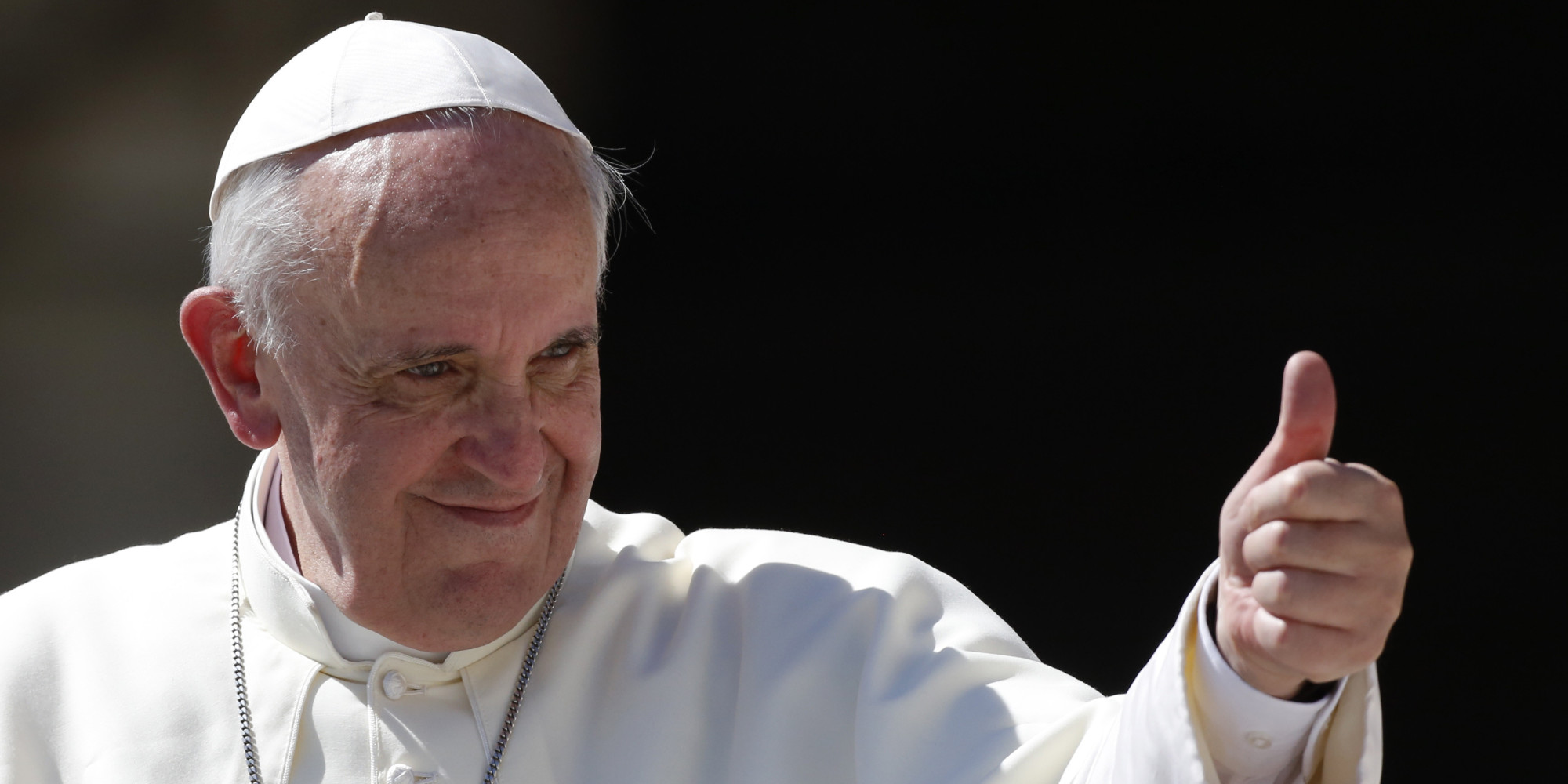 Why Eagles fans shouldn't ask the Pope to bless Sam Bradford's knees