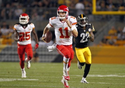 PITTSBURGH, PA - AUGUST 24:  Alex Smith #11 of the Kansas City Chiefs carries the ball for thirty-eight yards in the first half against the Pittsburgh Steelers during the game on August 24, 2013 at Heinz Field in Pittsburgh, Pennsylvania.  (Photo by Justin K. Aller/Getty Images)