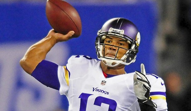 Vikings quarterback Josh Freeman looks to pass in the second half against the Giants at MetLife Stadium in East Rutherford, NJ, on Monday, October 21, 2013. Giants won 23-7. (Pioneer Press: Ben Garvin)